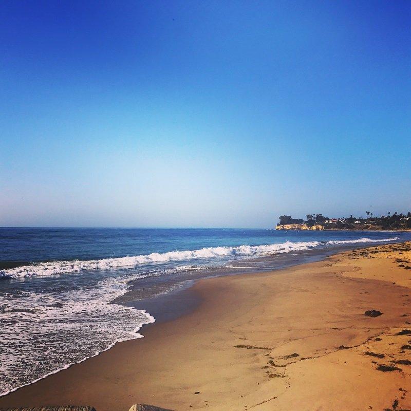 santa-barbara-beach-california