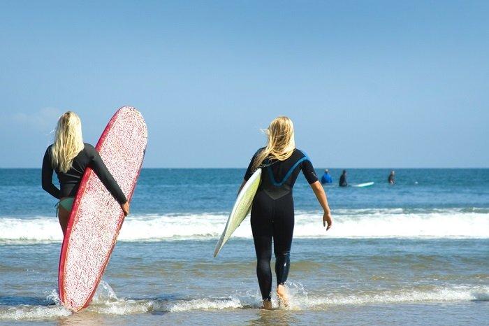 Surfing Los Angeles