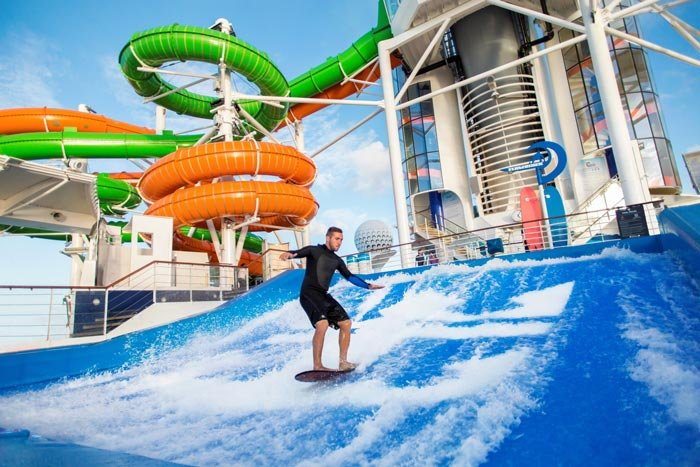 waterslides-liberty-of-the-seas