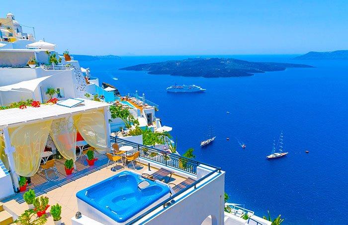 santorini-greece-cruises