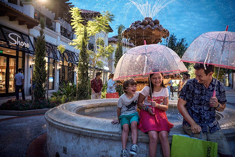 disney-springs-shopping